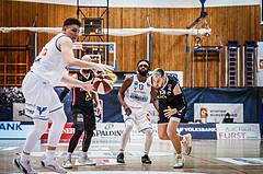 Basketball, bet-at-home Basketball Superliga 2020/21, Grunddurchgang, 4. Runde, Oberwart Gunners, Raiffeisen Flyers Wels, Dominik Simmel (8)