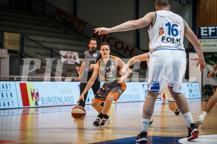 Basketball, bet-at-home Basketball Superliga 2020/21, Grunddurchgang 8. Runde, Oberwart Gunners, Klosterneuburg Dukes, Benedikt Danek (20)