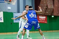 Basketball, ABL 2016/17, CUP 2.Runde, Blue Devils Wr. Neustadt, Oberwart Gunners, Sebastian Kunc (5), Derek Jackson Jr. (6)