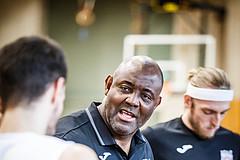 Basketball, Basketball Zweite Liga, Playoff: Viertelfinale 3. Spiel, Mattersburg Rocks, BBC Nord Dragonz, James WILLIAMS (Headcoach)